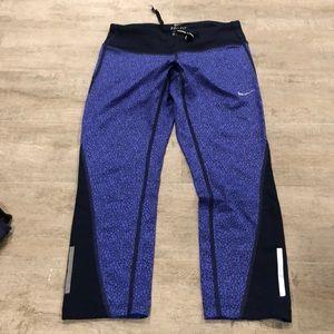 NIKE - Purple cropped legging